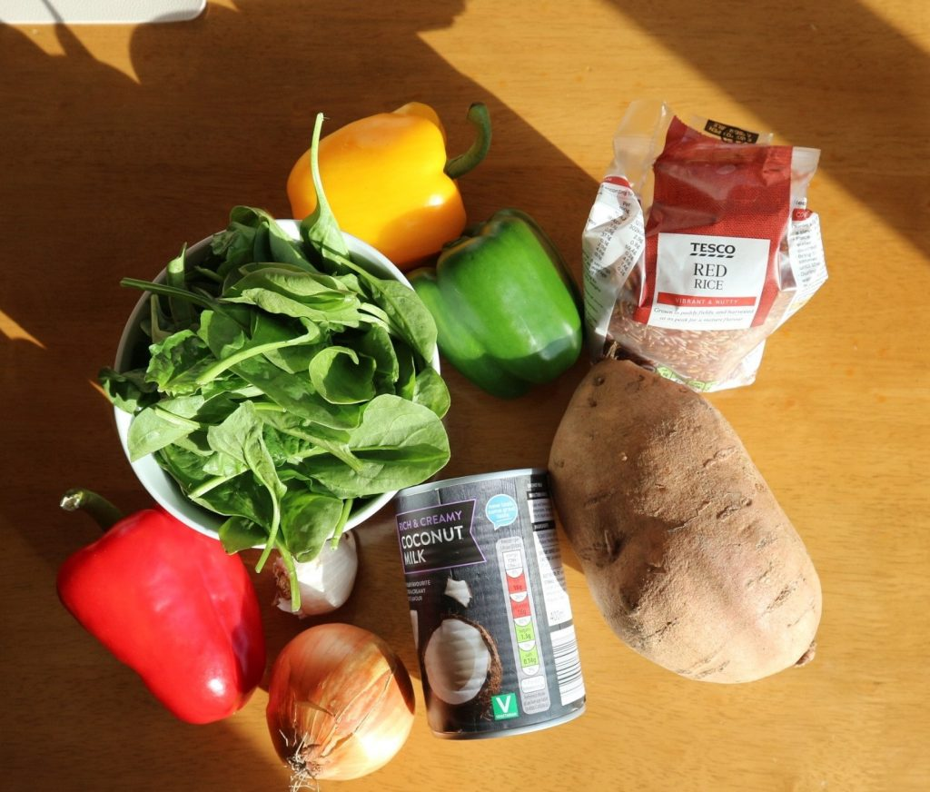 Easy Veggie Curry to reduce your carbon footprint